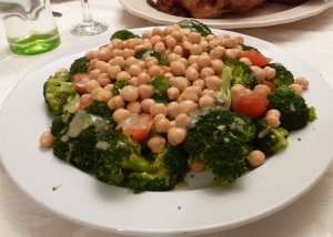 broccoli with chickpeas and cherry tomatoes