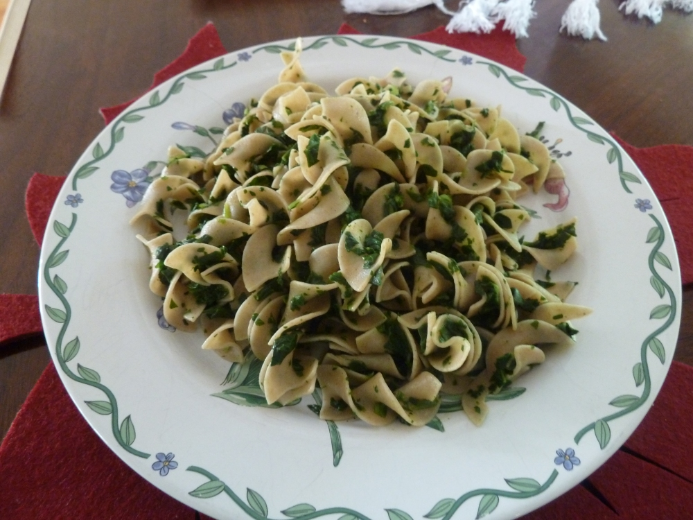 Whole wheat pasta with spinach (1/2)