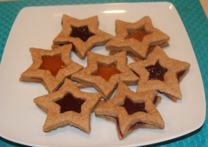 Star biscuits with jam